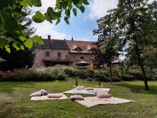 Svinařský zámek