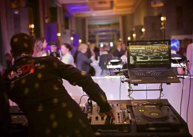 DJ produkce