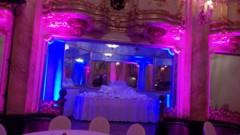 scénické osvětlení svatby