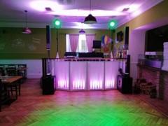 DJ stage na pódiu