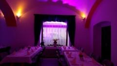 nasvícení oken v hlavním sále