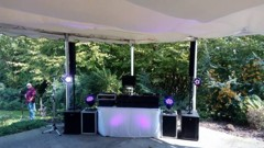 DJ stage na letní terase