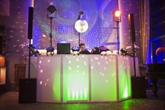 Art Restaurant - DJ stage